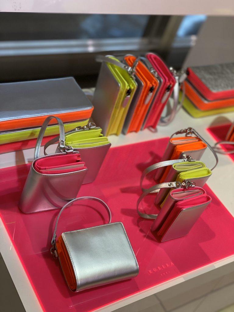 KUBERA9981 大阪タカシマヤ ネオンカラー 財布 バッグ ミニ財布